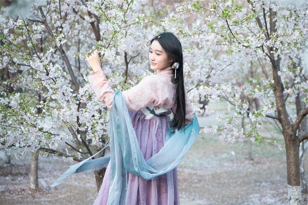 热门小说《不负韶华不负己》完整版在线阅读小说全文+