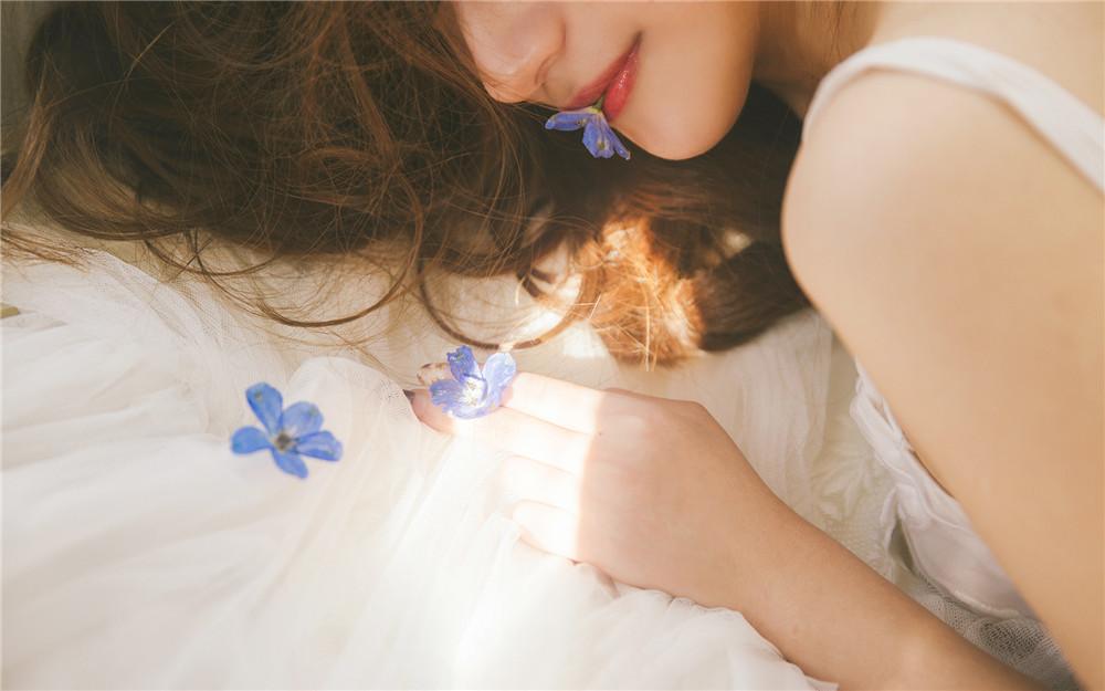 青春小说《野花的香味》全章节无删减免费在线阅读