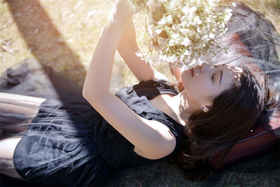 热门小说《爱情吻过我们的脸》全文无弹窗免费在线阅读